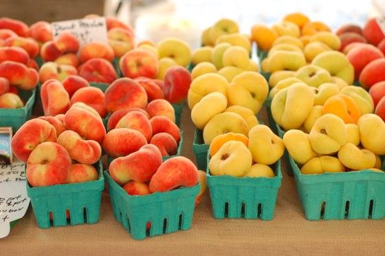 doughnut-peaches
