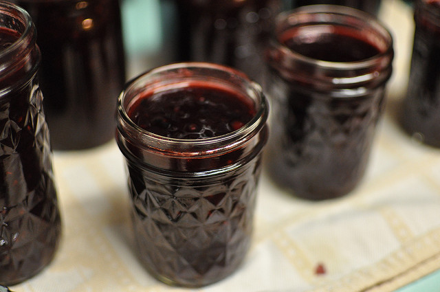 blackberry-apricot jam