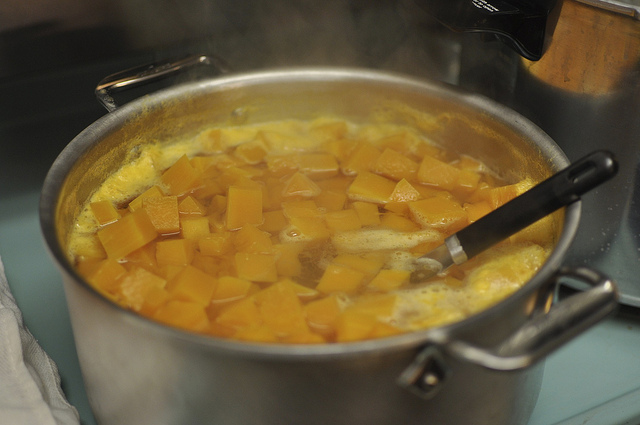 simmering the pumpkin