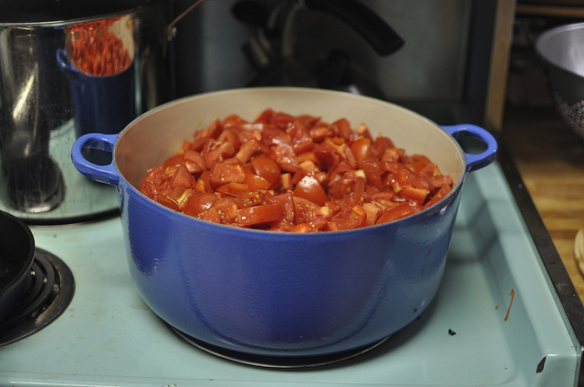 9 quarts of chopped tomatoes