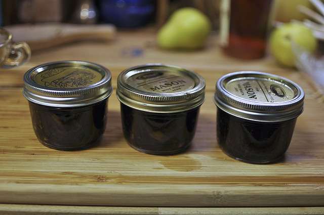 pear chutney with dried cherries and ginger