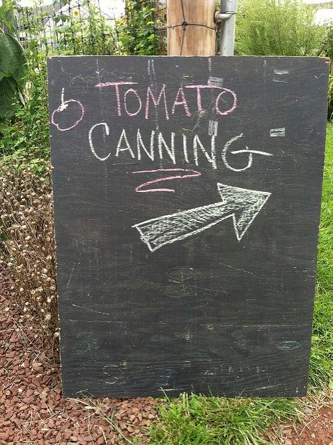 tomato canning workshop