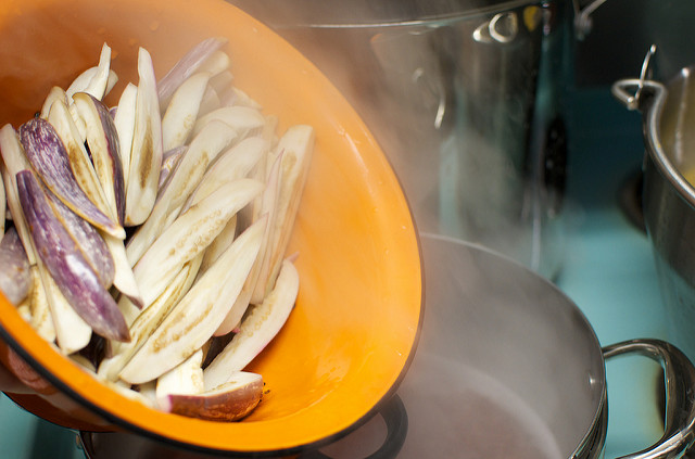 blanch in boiling vinegar