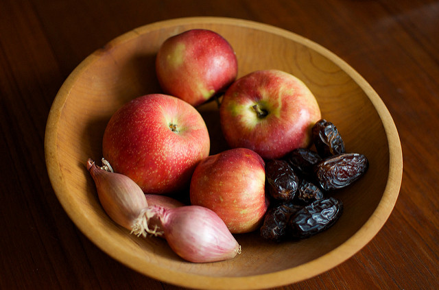 apples, shallots, and dates