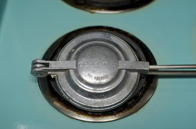 Toas-Tite on the stove