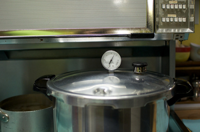 pressure canner working