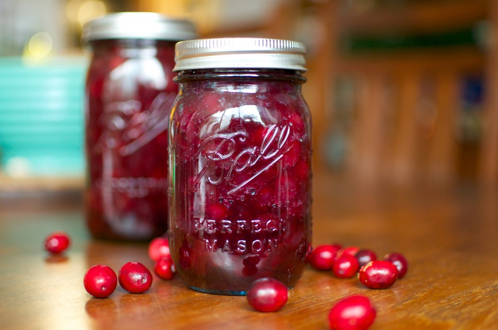 pickled cranberries pint horizontal