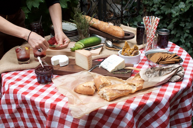 cheese and preserve picnic
