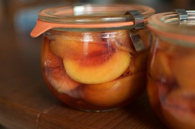 single jar of peaches
