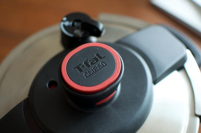 T-fal Clipso lid lock button