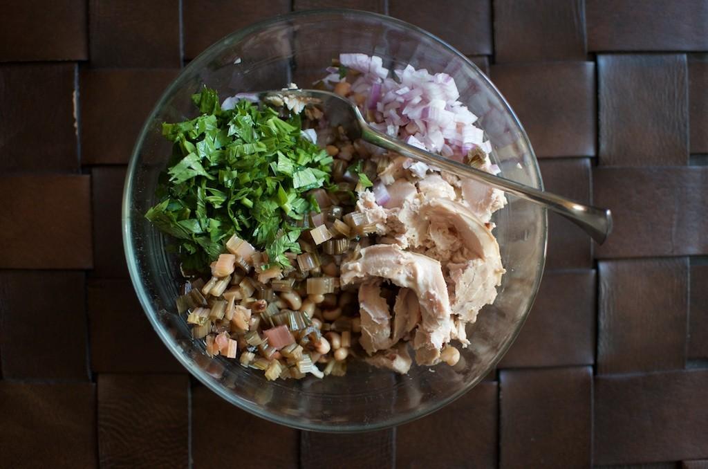 tuna and black eyed pea salad - Food in Jars