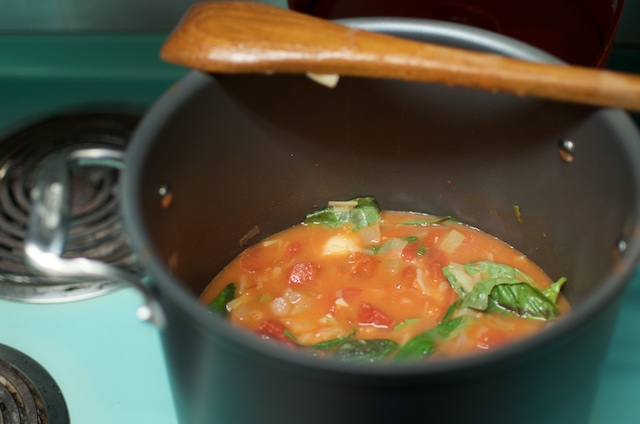 Cooking Tomato Soup - Food in Jars