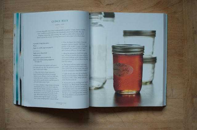 preserving-italy-quince-jelly
