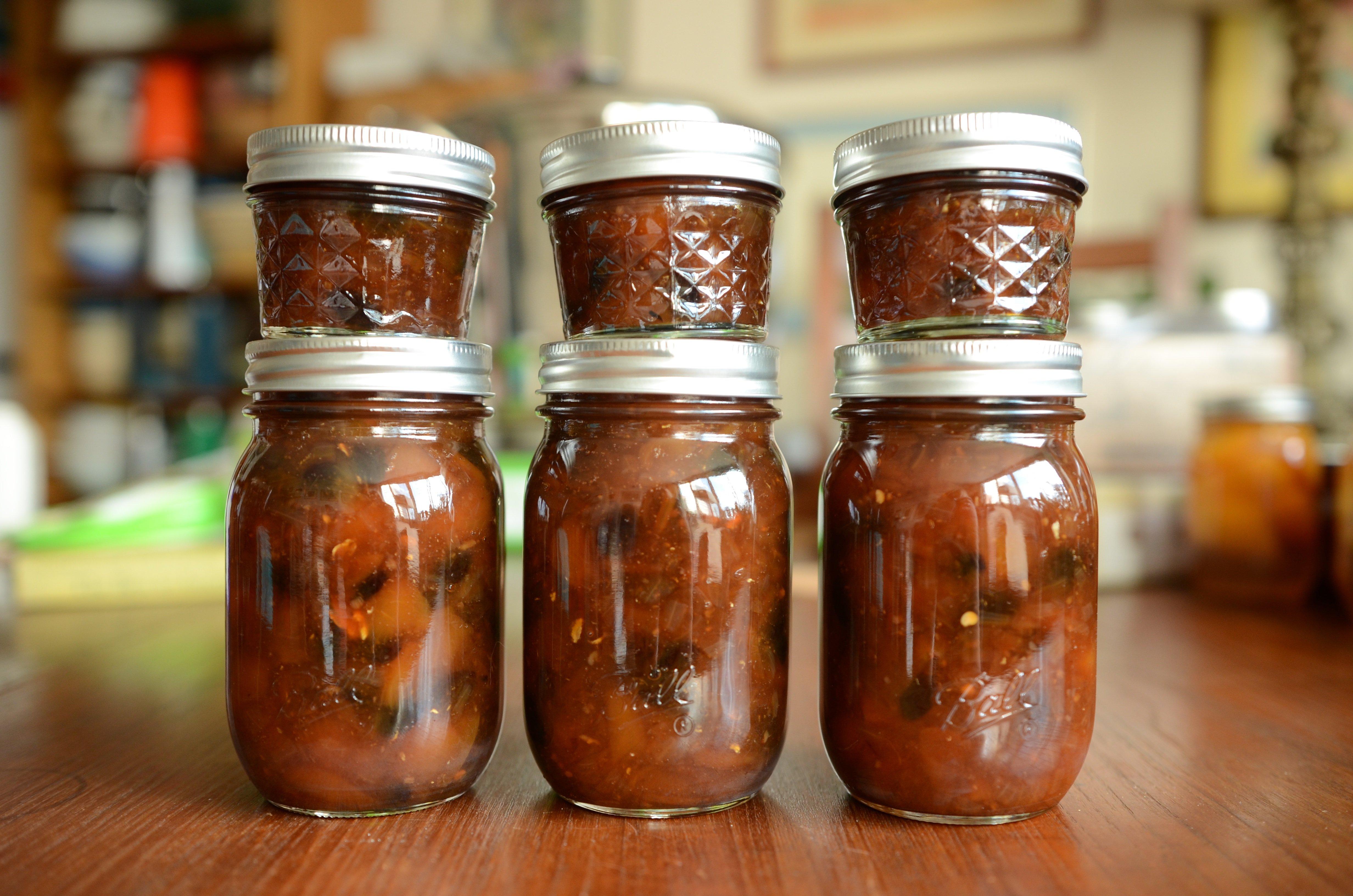 Six jars of Indiana Peach Chutney