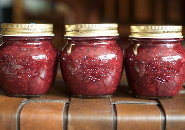 blackberry rhubarb jam - Food in Jars